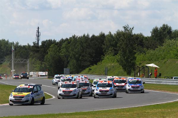 Le Venga del Green Hybrid Cup al Nürburgring