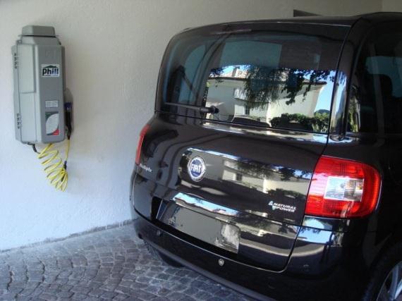 Il Phill, distributore di metano domestico, una delle 10 buone ragioni per scegliere un'auto a metano