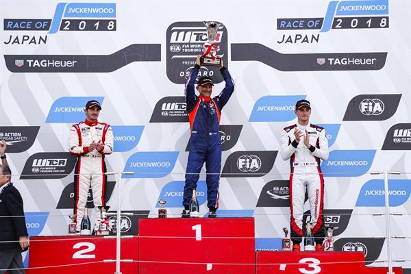 Tarquini rises towards WTCR title